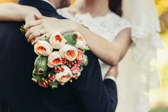 6 Reasons To Host a Small & Intimate Wedding