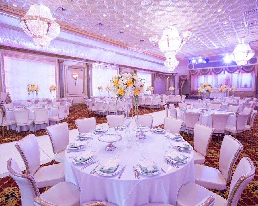 Raised Flower Bouquet - Wedding Table Centerpiece Ideas