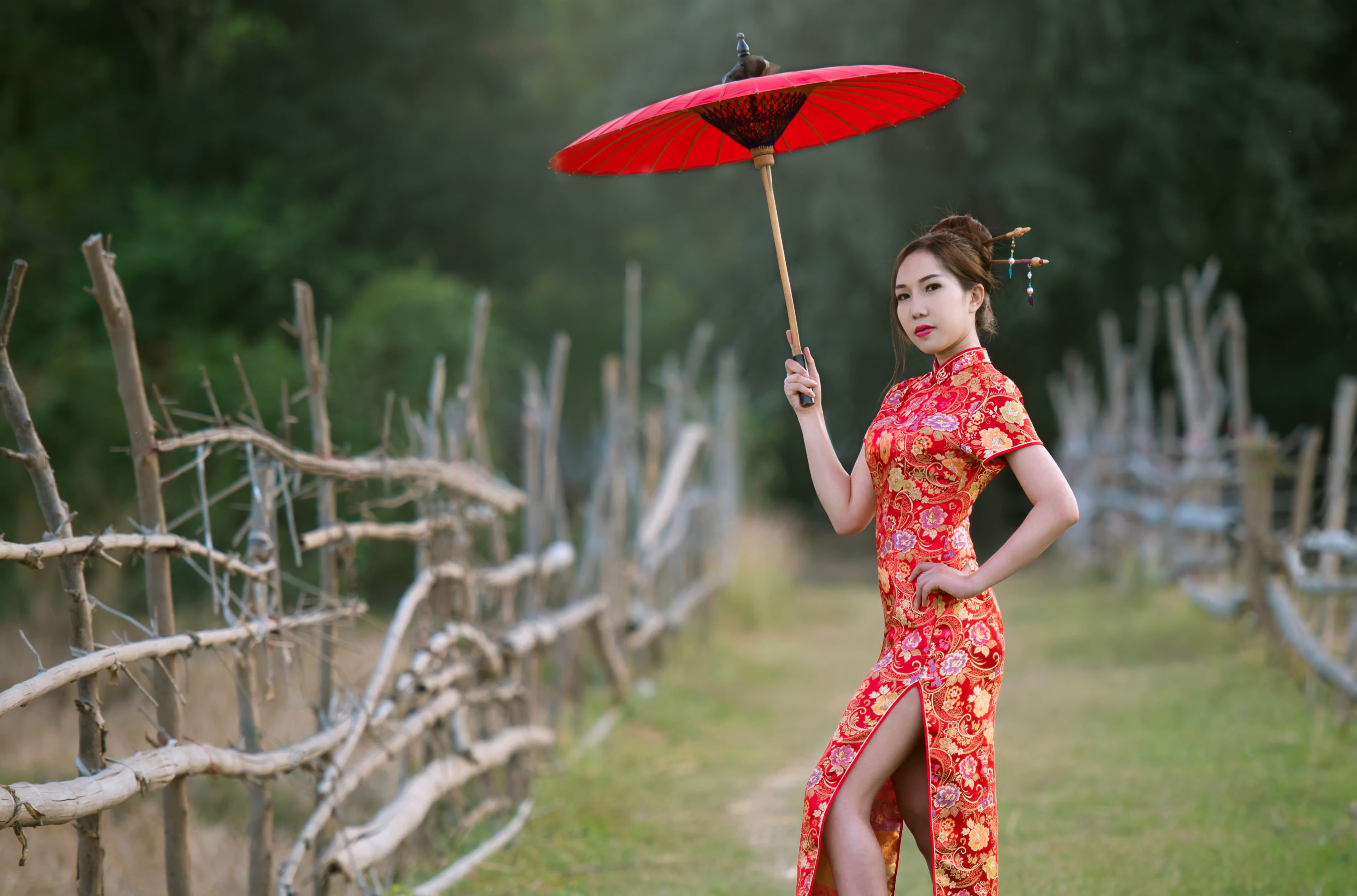 qipao - chinese wedding traditions