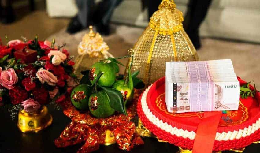 sin sod dowry for thai wedding