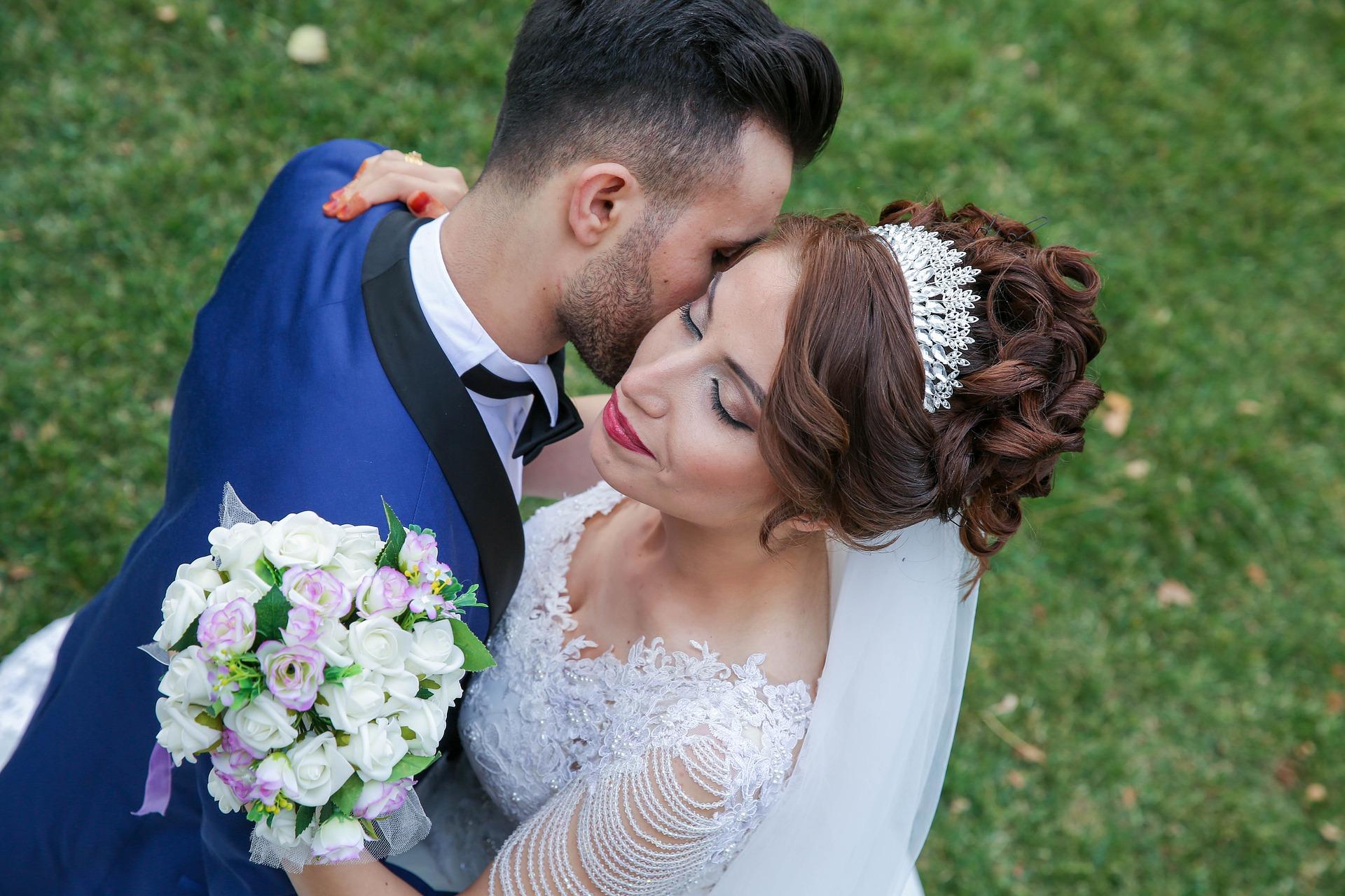 persian wedding bride and groom