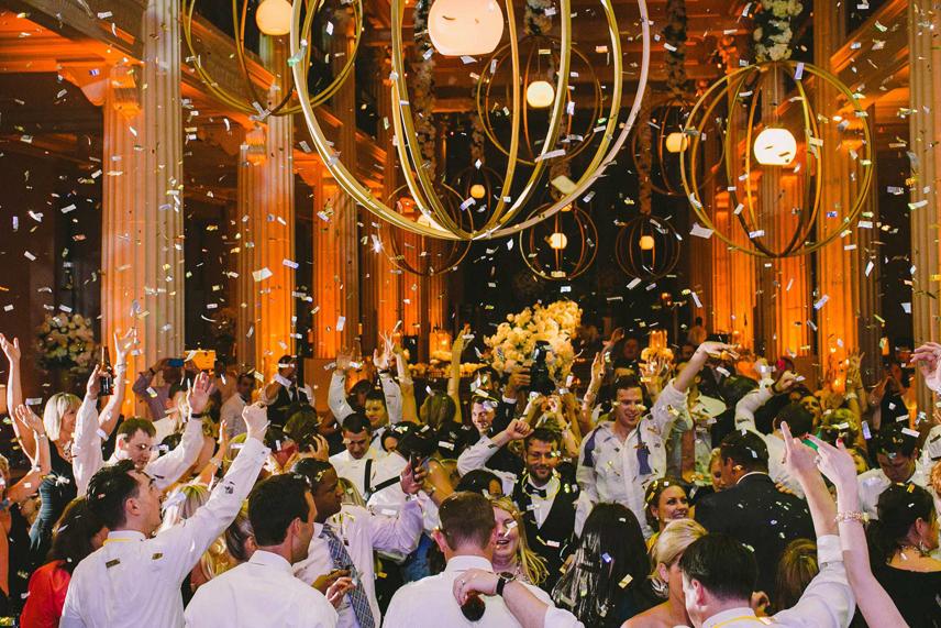Unique Reception Ideas - Confetti During Wedding Reception