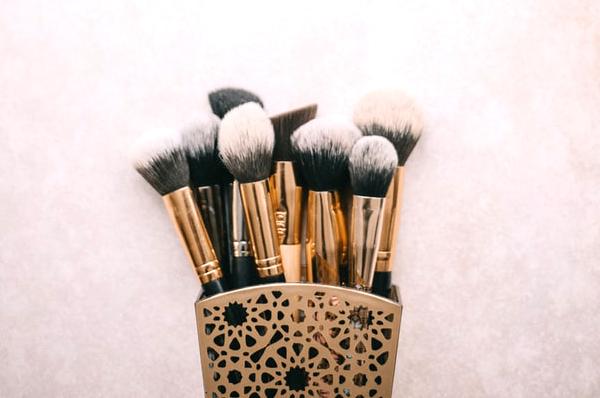 Wedding Makeup Artist - Makeup Brushes